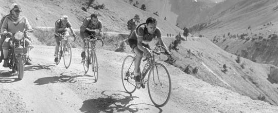 Cyclist in Tour de France 1935